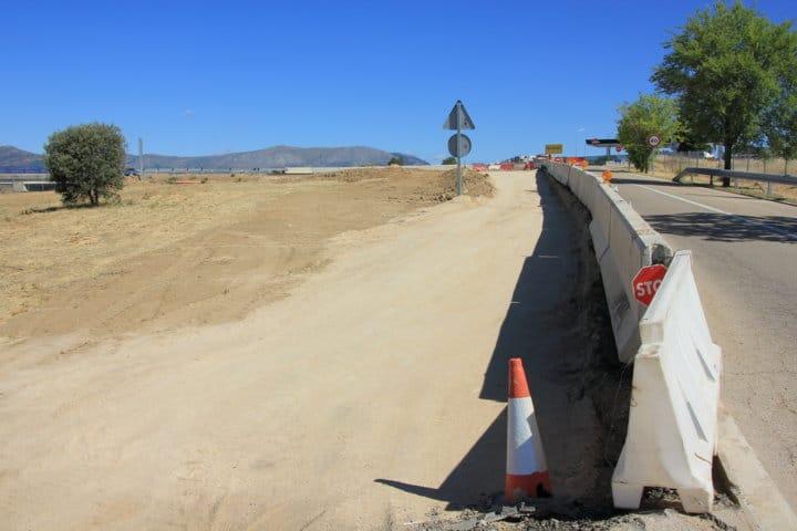 Obras construcción nueva rotonda