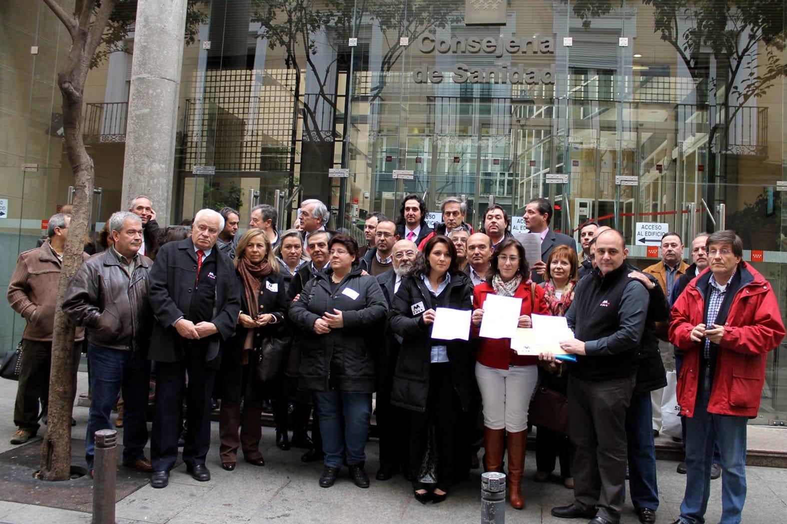 Alcaldes unidos contra la desaparición del helicoptero con base en Lozoyuela